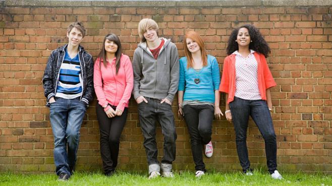 6405_teenagers_r_w
